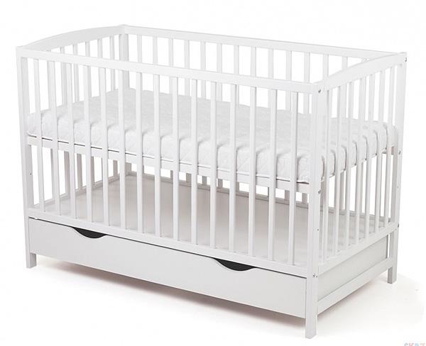 Białe łóżeczko z szufladą